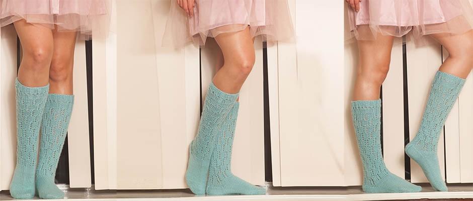 Kendinden Desenli El Örgüsü Dizaltı  Çorap