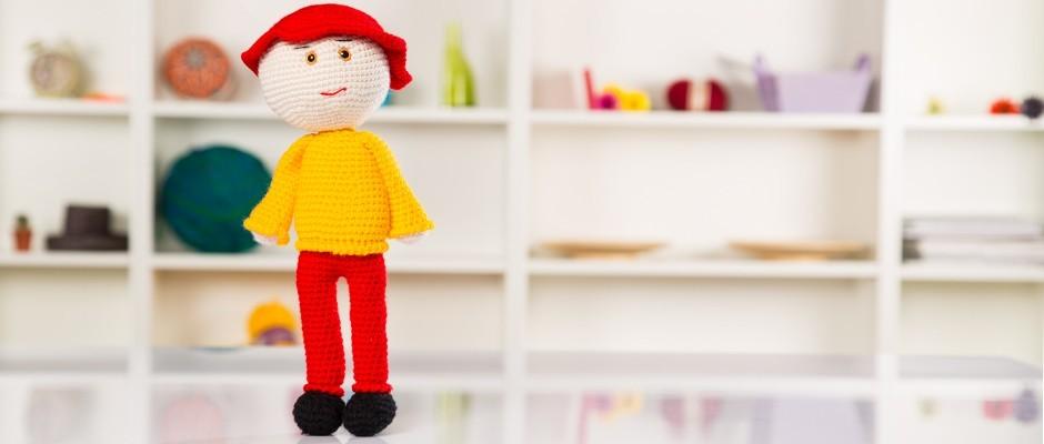 Amigurumi Şapkalı Erkek Çocuk Oyuncak